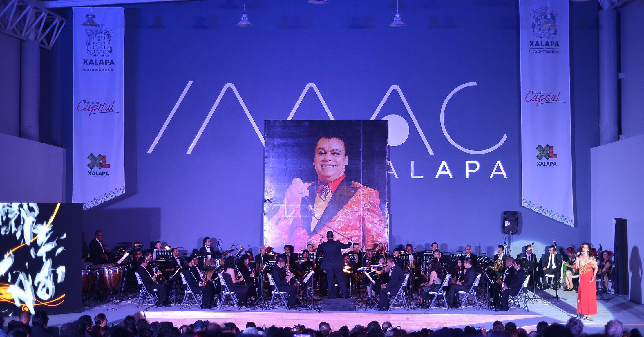 Orquesta Municipal de Xalapa rindió homenaje a Juan Gabriel en el IMAC