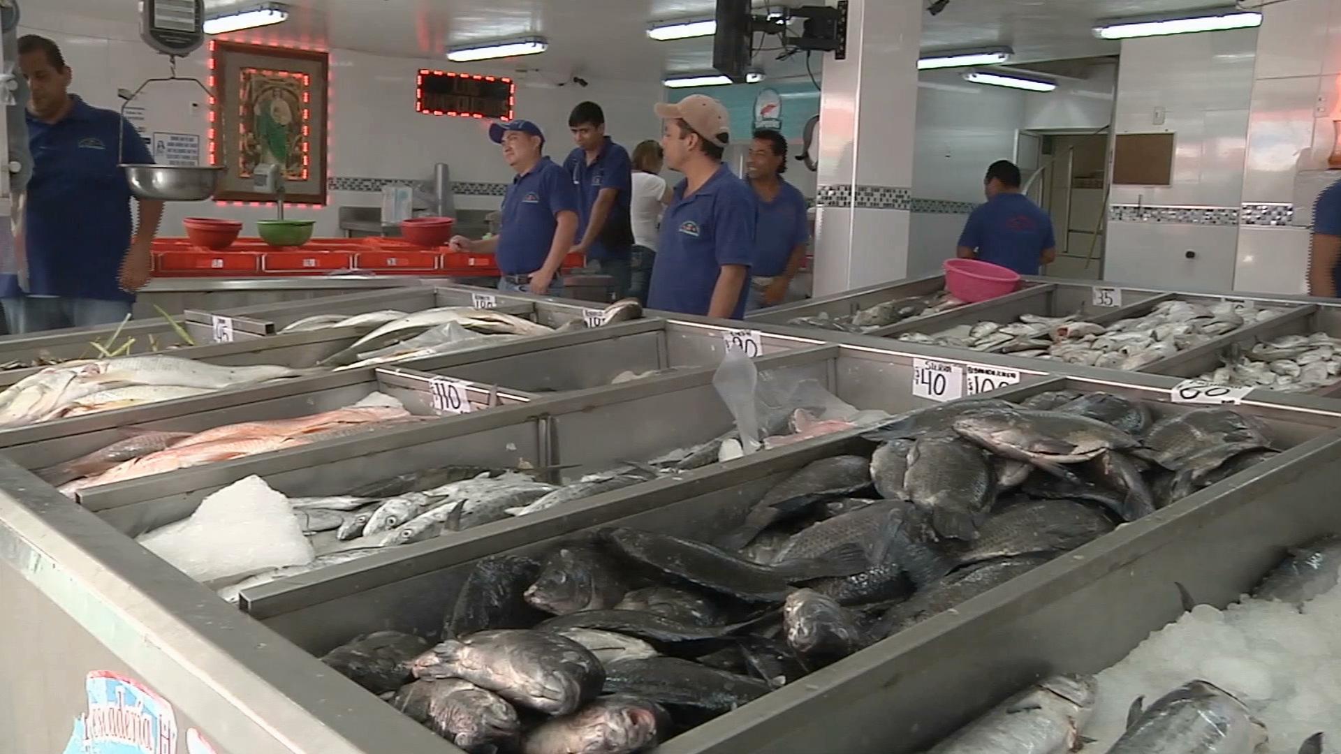 Disminuyen ventas de pescados y mariscos en Xalapa