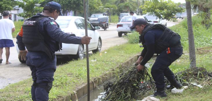 Activa Policía Estatal Plan Tajín, en fase preventiva, para el desazolve de canales en Coatzacoalcos