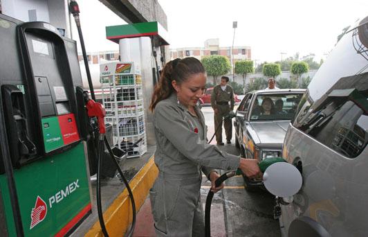 Desde hoy podrá consultarse a diario el precio de gasolinas por Internet