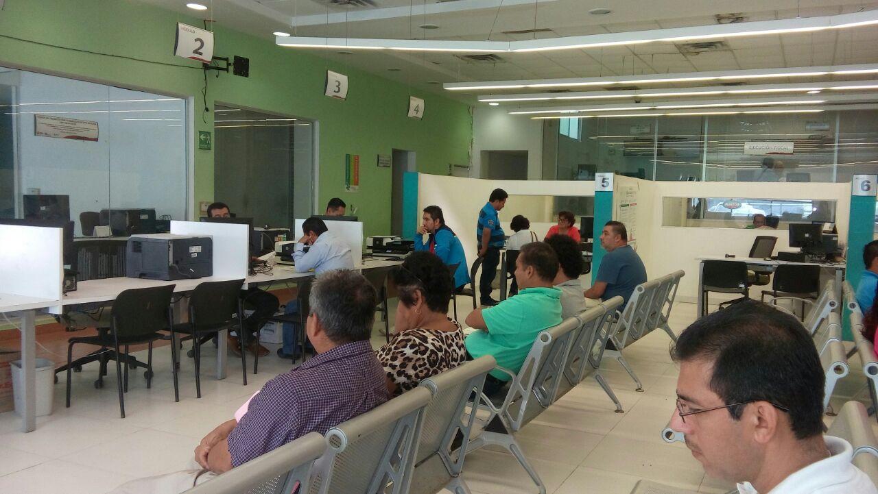 Se reanuda expedición de placas en Coatzacoalcos