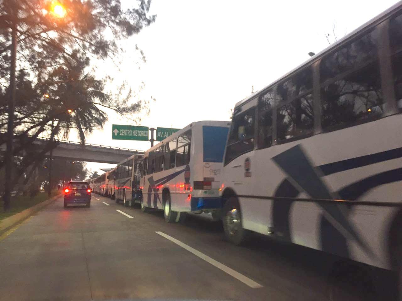 Tarifas del pasaje urbano podrían subir un peso