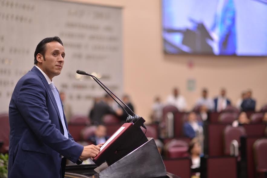 Llama el diputado Sergio Hernández a no proteger a Tarek Abdala