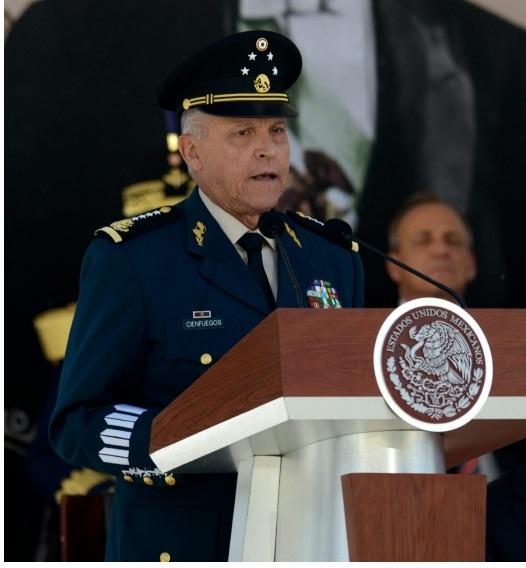 """Afirma el general Cienfuegos que ante """"escenarios complejos"""" las Fuerzas Armadas son sólido soporte de México"""
