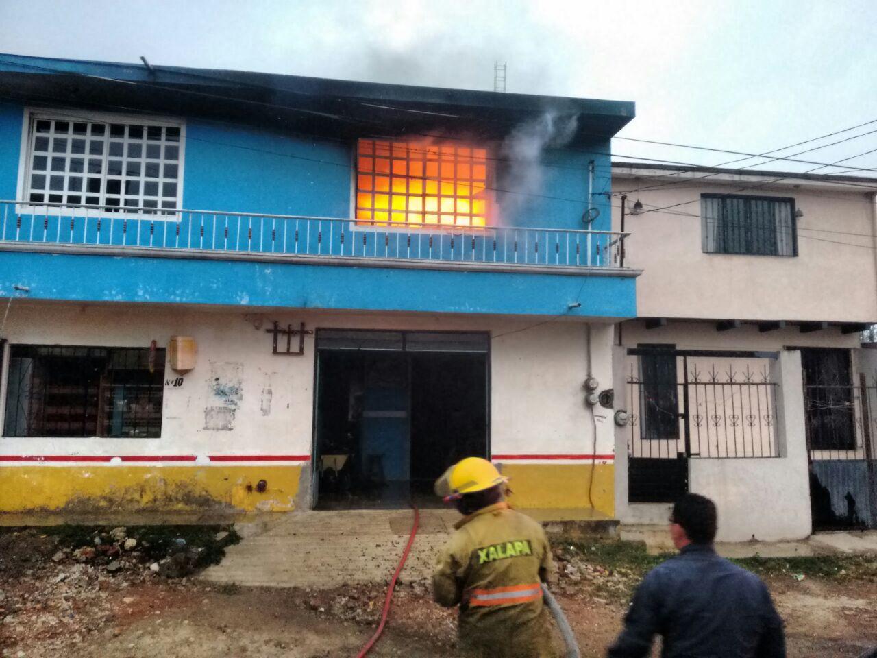 Bomberos sofocan incendio en casa de la calle ni os h roes - Casas para ninos ...