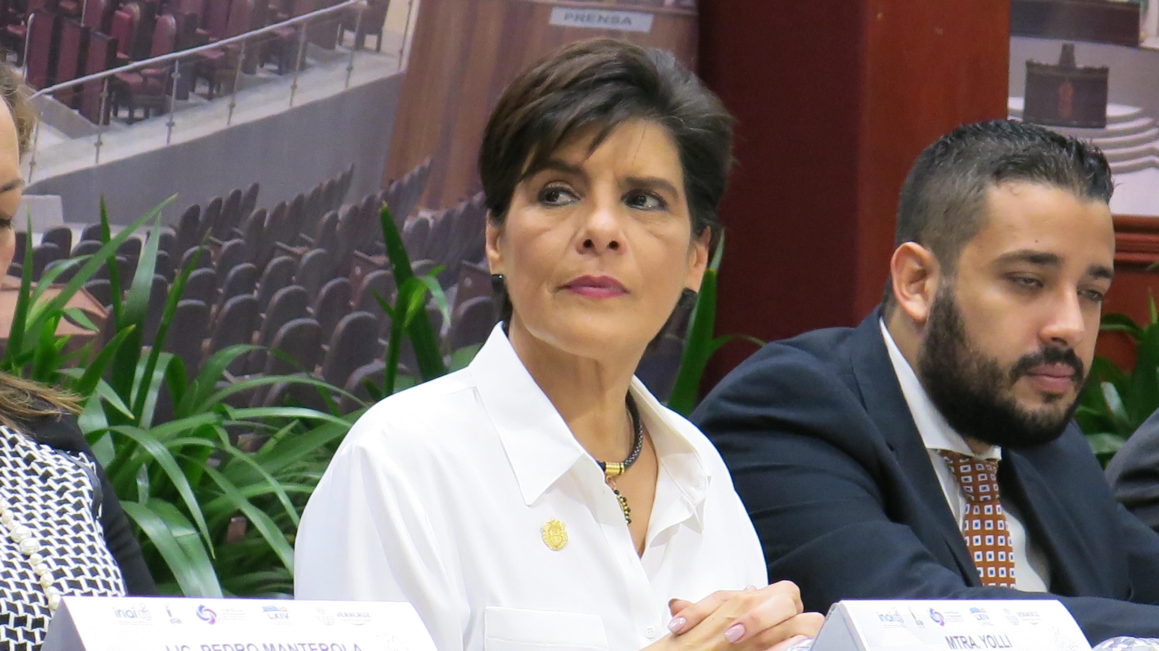 Juicio de procedencia en contra de Eva Cadena es por solicitud de FGE: Manterola Sainz