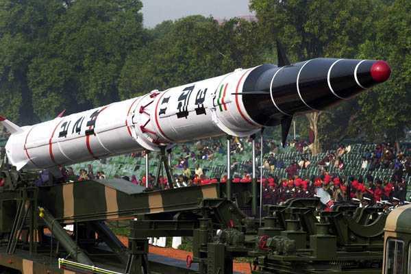 Japón advierte que Norcorea sigue desarrollando armas nucleares