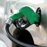 Baja este martes en Veracruz 3 centavos el precio máximo promedio de gasolinas y 9 el diésel