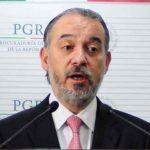 Raúl Cervantes presenta renuncia a la PGR
