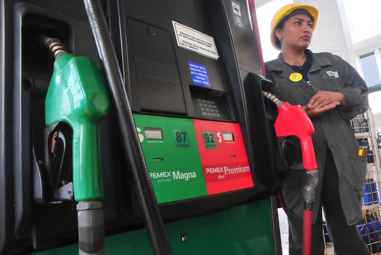 Inicia liberación de precios de gasolinas en Baja California y Sonora; se publican tarifas para Veracruz y el país