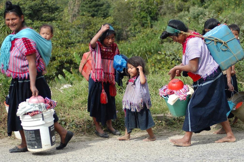 En pobreza, 3.2 millones de indígenas, alerta Derechos Humanos