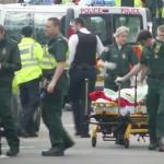 Ataque en el Parlamento británico; hieren a un policía y un auto arrolla a varias personas en el puente Westminster