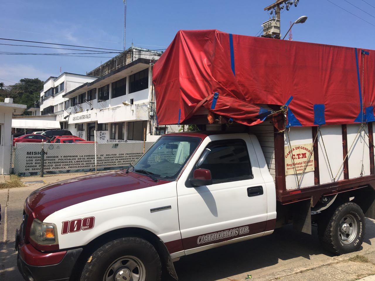 Vuelven a ser víctimas de robo unidades transportistas de carga de Coatzacoalcos