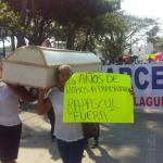 Familiares de trabajadores heridos de Tamsa realizan marcha pacífica