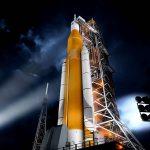 NASA estudia la posibilidad de añadir tripulación en la primera misión del SLS y Orión