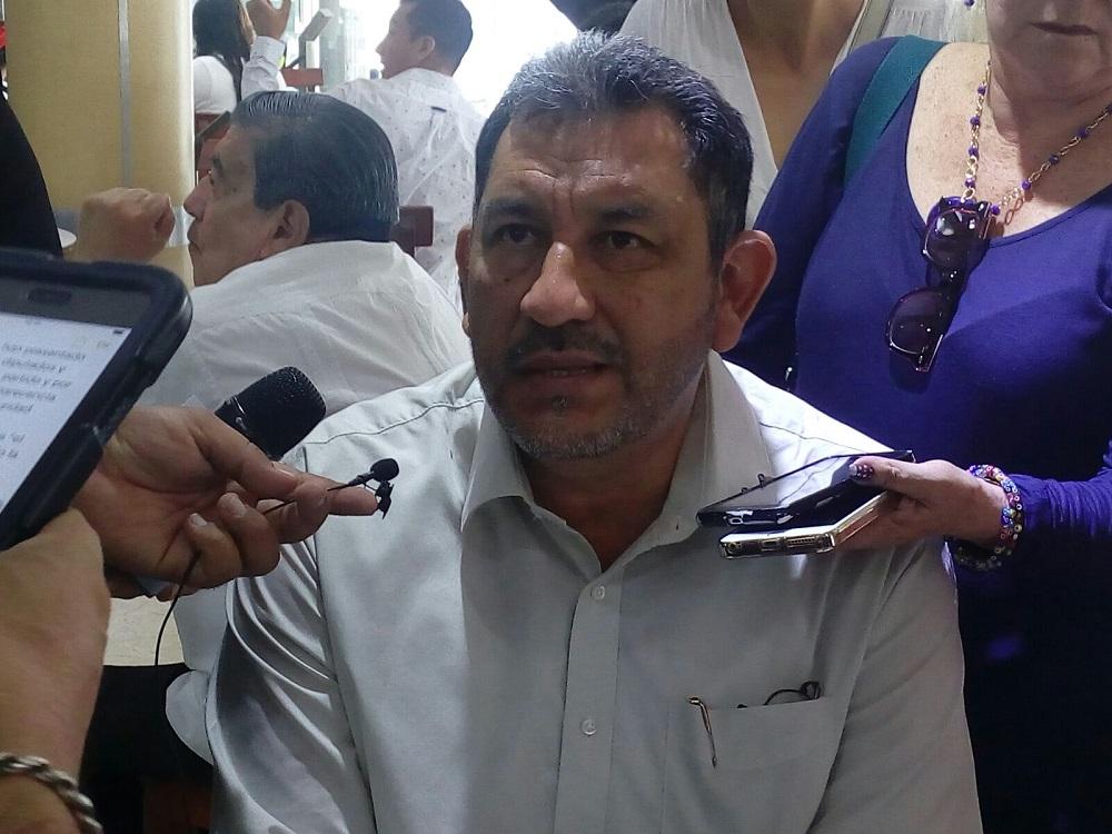 Coordinador de Morena en Congreso rechaza acusaciones de Eva Cadena