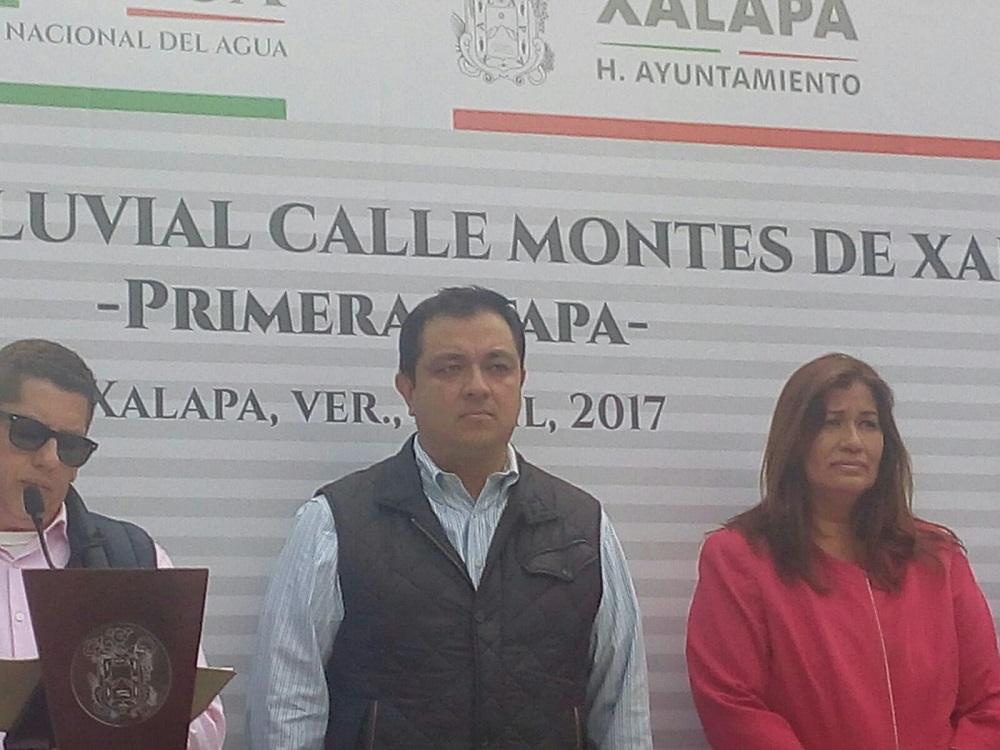 Montes de Xalapa ya cuenta con obra hidráulica: Américo Zúñiga Martínez