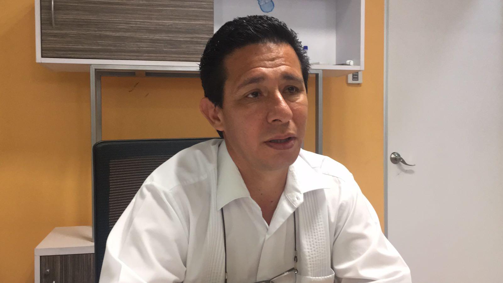 Relevan a encargado de oficina de Hacienda en Córdoba