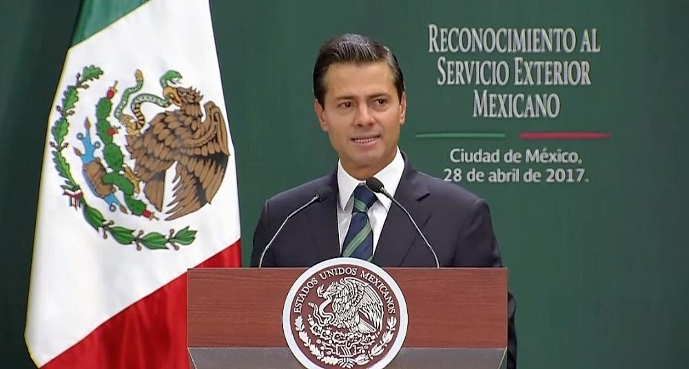 Anuncia EPN acciones para fortalecer y modernizar el Servicio Exterior Mexicano