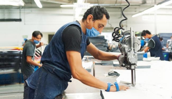 Ampliación de créditos del Infonavit propiciará la generación de empleos
