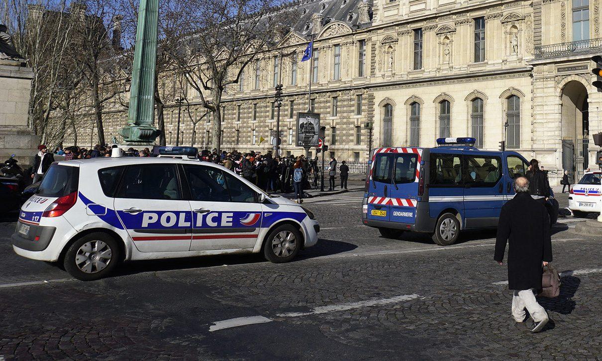 Se registra tiroteo en París, dos muertos