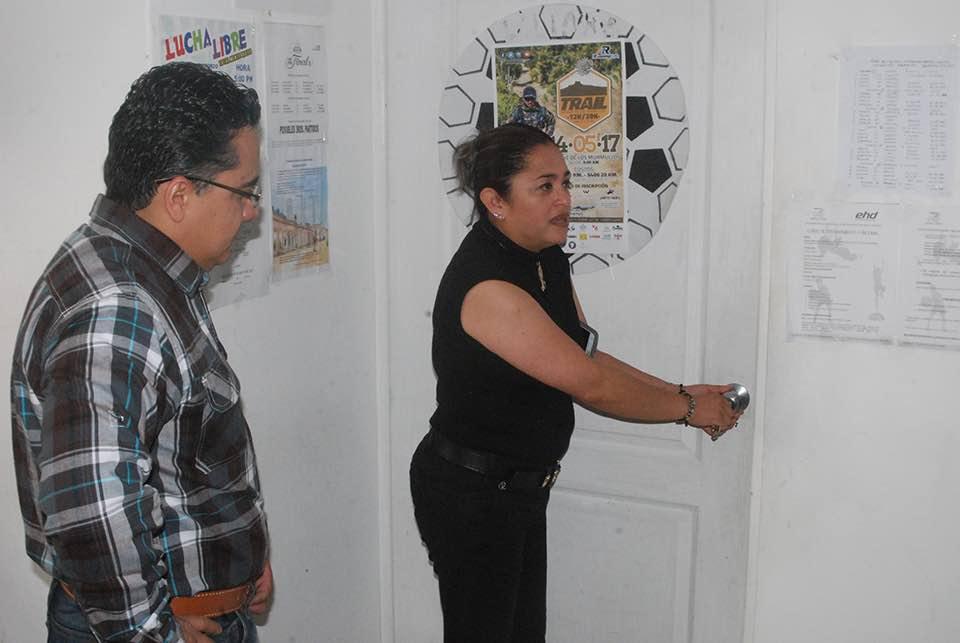 Denuncian extrabajadores de confianza abusos del ayuntamiento de Perote
