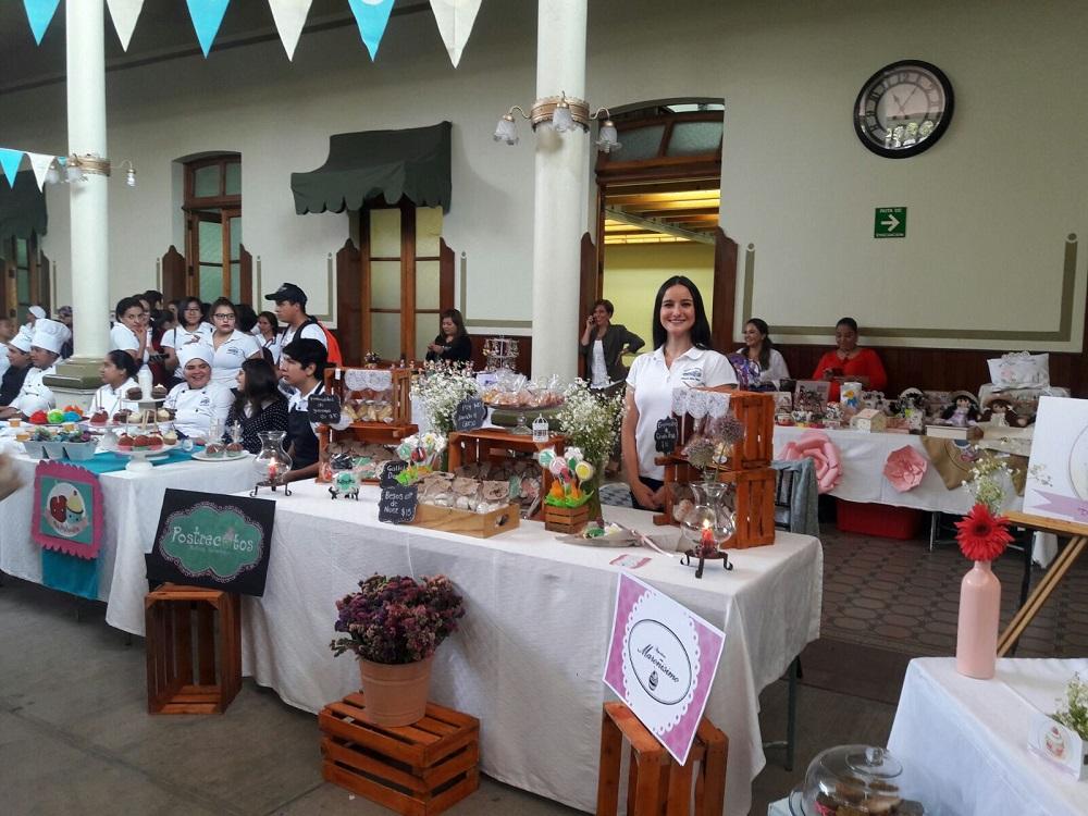 Inicia Expo Venta en Escuela Industrial de Xalapa