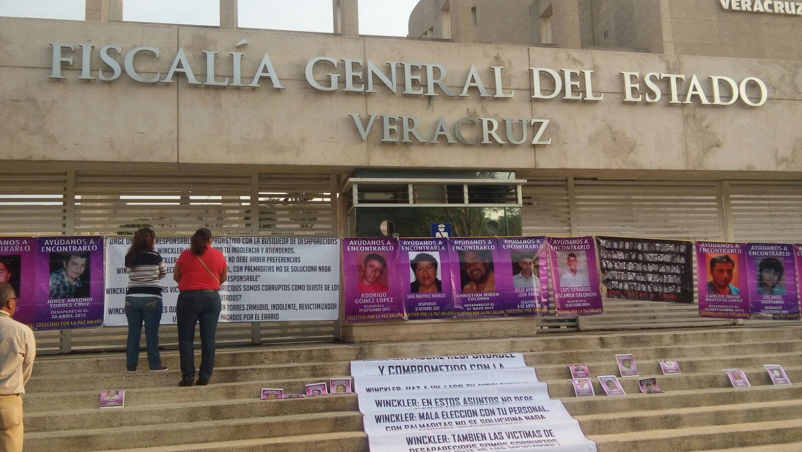 Familiares de desaparecidos toman instalaciones de la FGE; demandan trabajo serio, responsable y contundente