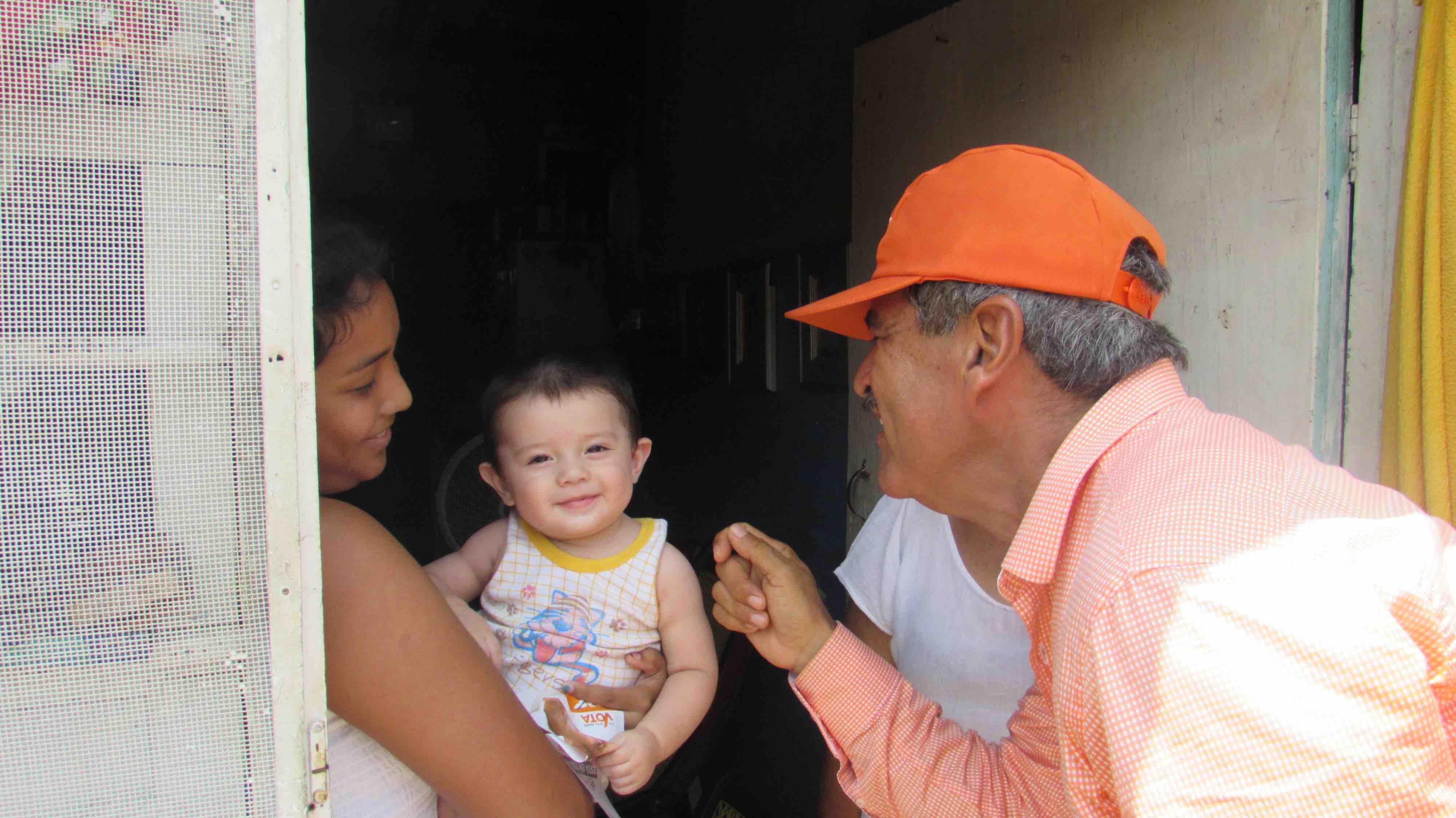 La salud de los tlacotalpeños es prioridad en mi proyecto: Hilario Villegas