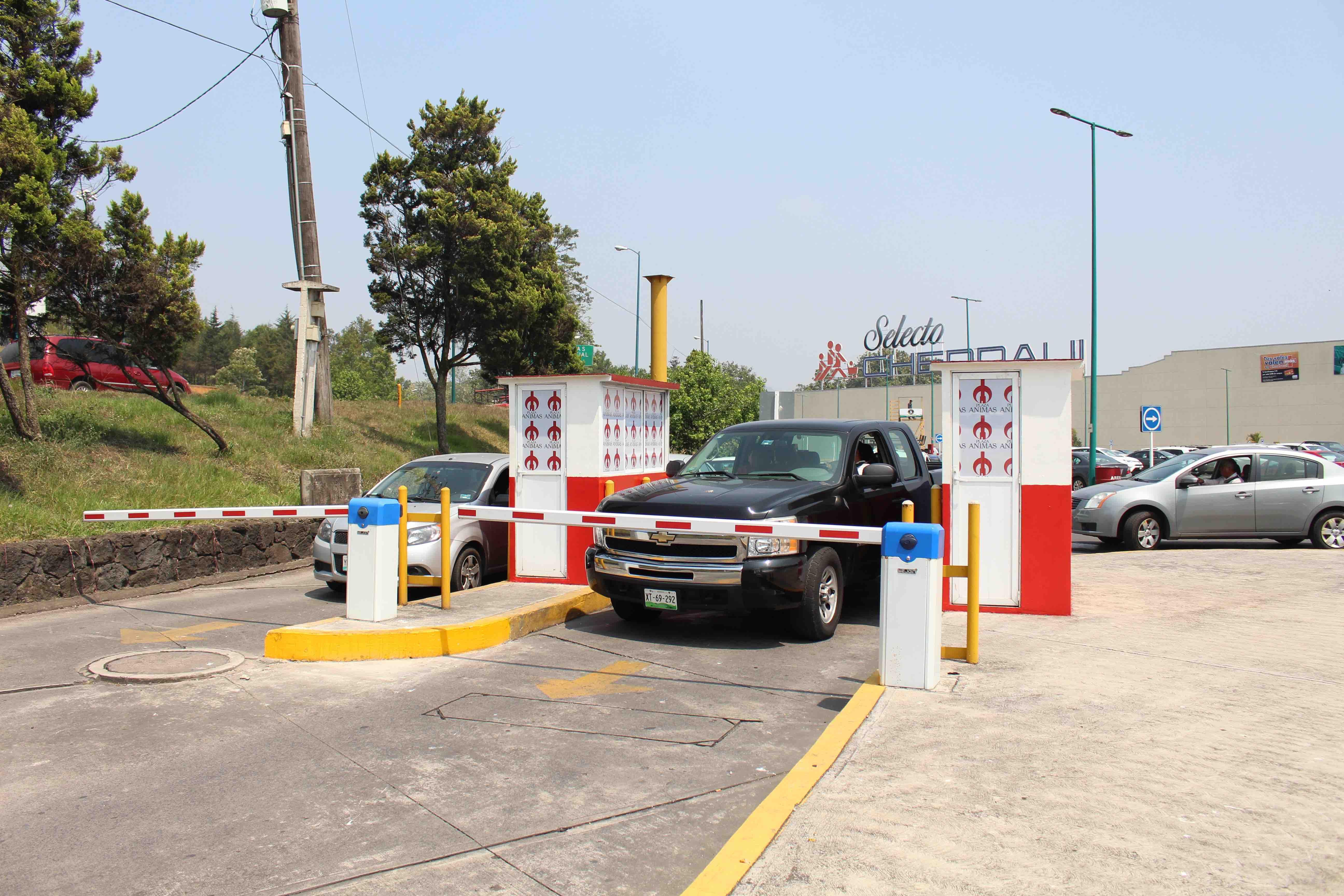 Por cobro de estacionamiento en Plaza Ánimas ayuntamiento inicia procedimiento administrativo