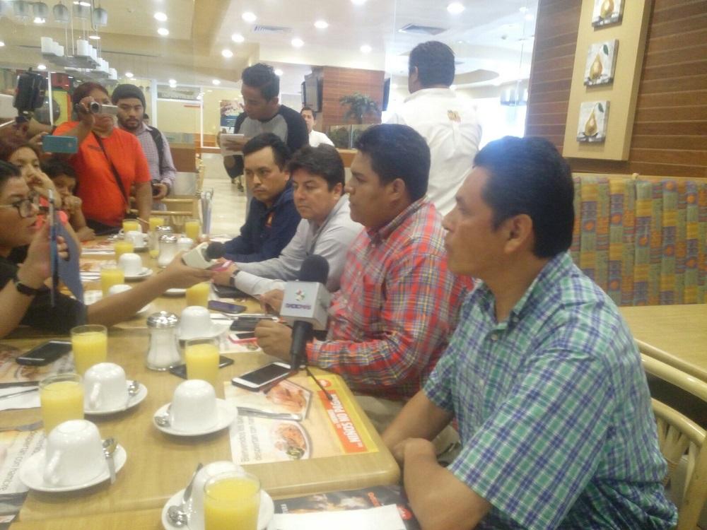 Representantes de partidos piden remoción de consejeros del INE en Coatzacoalcos