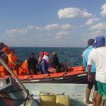 Rescata Armada de México a 12 pescadores a la deriva, en Campeche