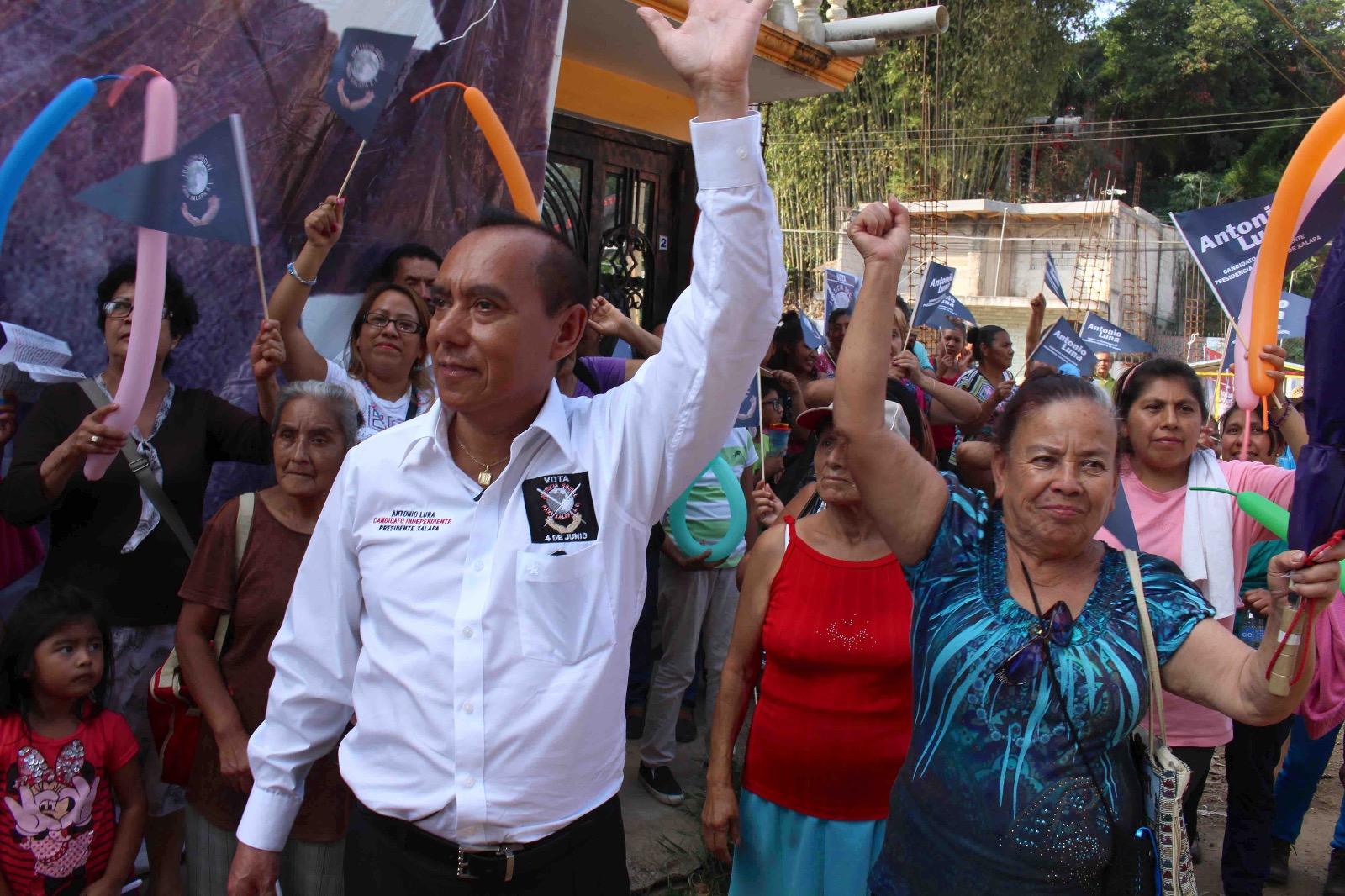 Teleférico resolvería problemas de vialidad en Xalapa: Antonio Luna