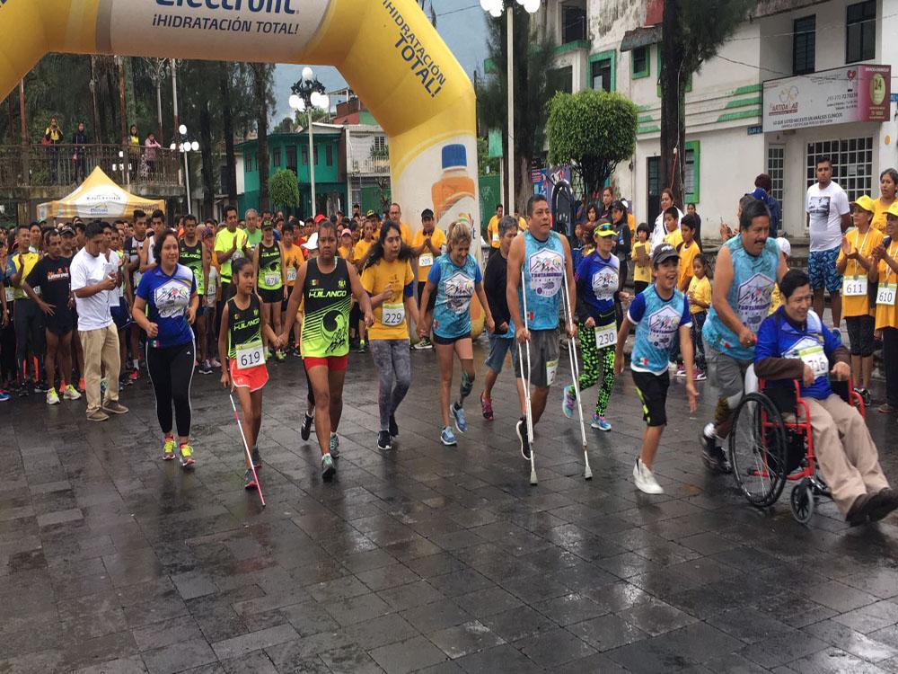 """Un éxito primera """"Onco carrera atlética cinco kilómetros"""" de Río Blanco"""