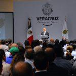 """""""Veracruz se declara en emergencia financiera, pero tengo la certeza de que los veracruzanos unidos superaremos esta situación"""": Gobernador Yunes"""