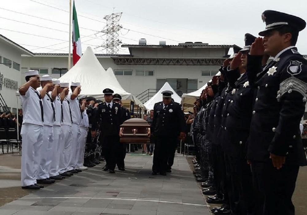Despiden con honores al comisionado de la Policía Federal Juan Camilo Castagne
