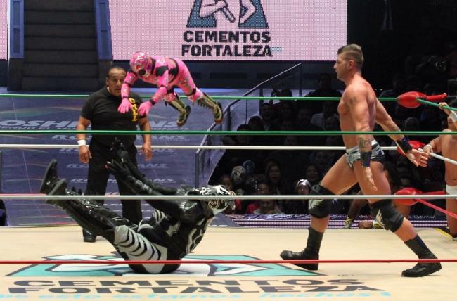 Motivados Marco Corleone y Volador Jr. se presentan en Arena México