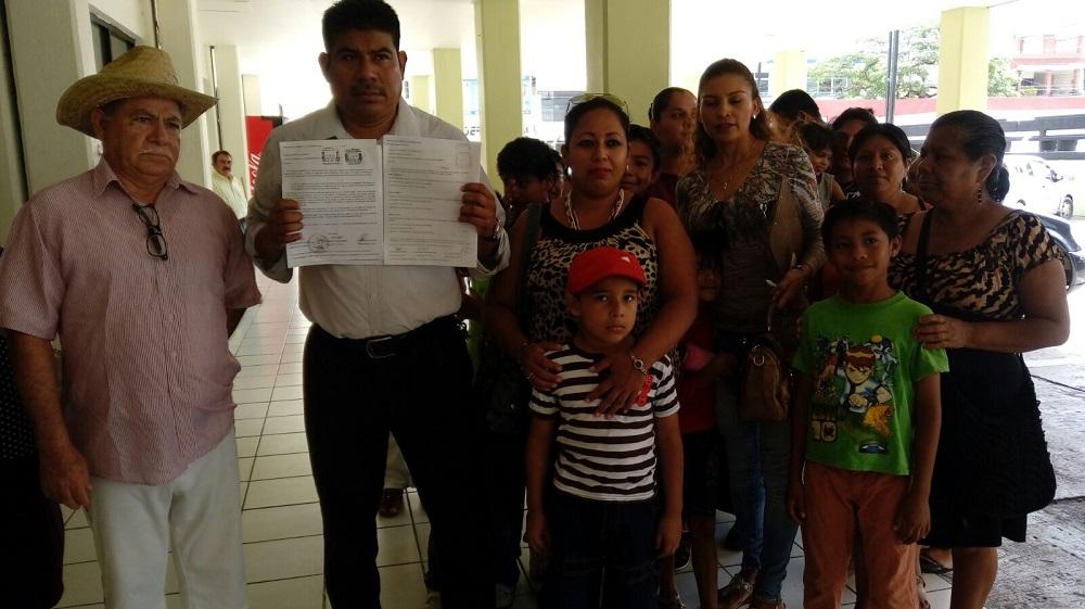 Vecinos de fraccionamiento piden atención del ayuntamiento de Coatzacoalcos