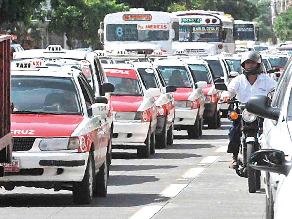 Concluye el 30 de abril plazo para reemplacamiento de taxis y actualización del padrón de unidades