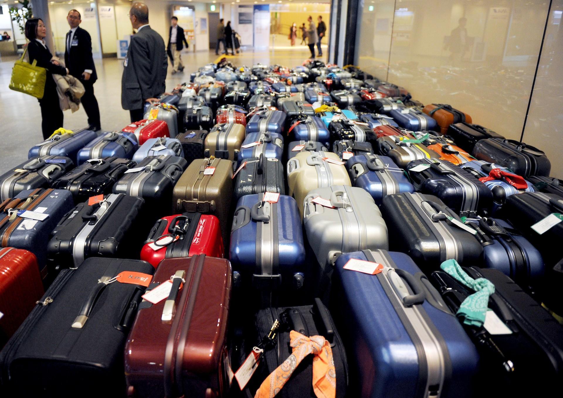 Multa Profeco con 22.4 mdp a aerolíneas por cobro indebido de maletas