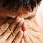 Ojo seco, lagrimeo y ardor, principales afectaciones en los ojos por contaminación