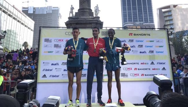 Juan Luis Barrios gana Medio Maratón CDMX en camino a Tokio 2020