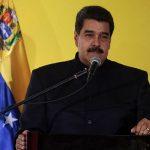 Presidente venezolano sugiere que buscará la reelección en 2018