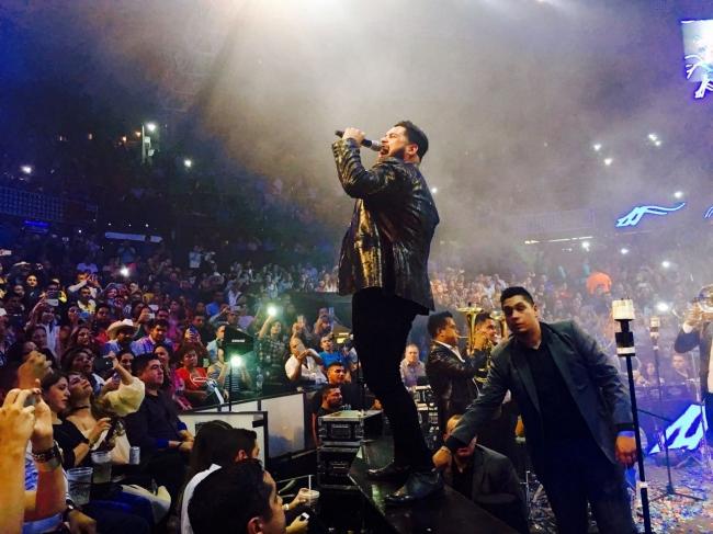 Con gran éxito realizan palenque en la Arena México