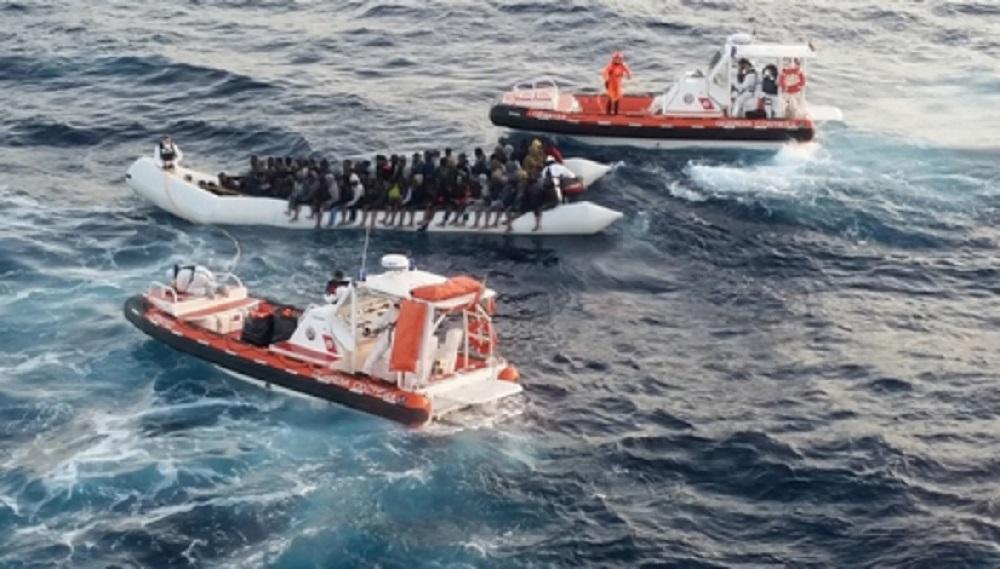 UE respalda apoyo económico a inmigrantes pero rechaza paso irregular
