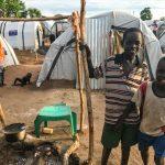 Campos alternos atestados de refugiados proliferan en Sudán del Sur