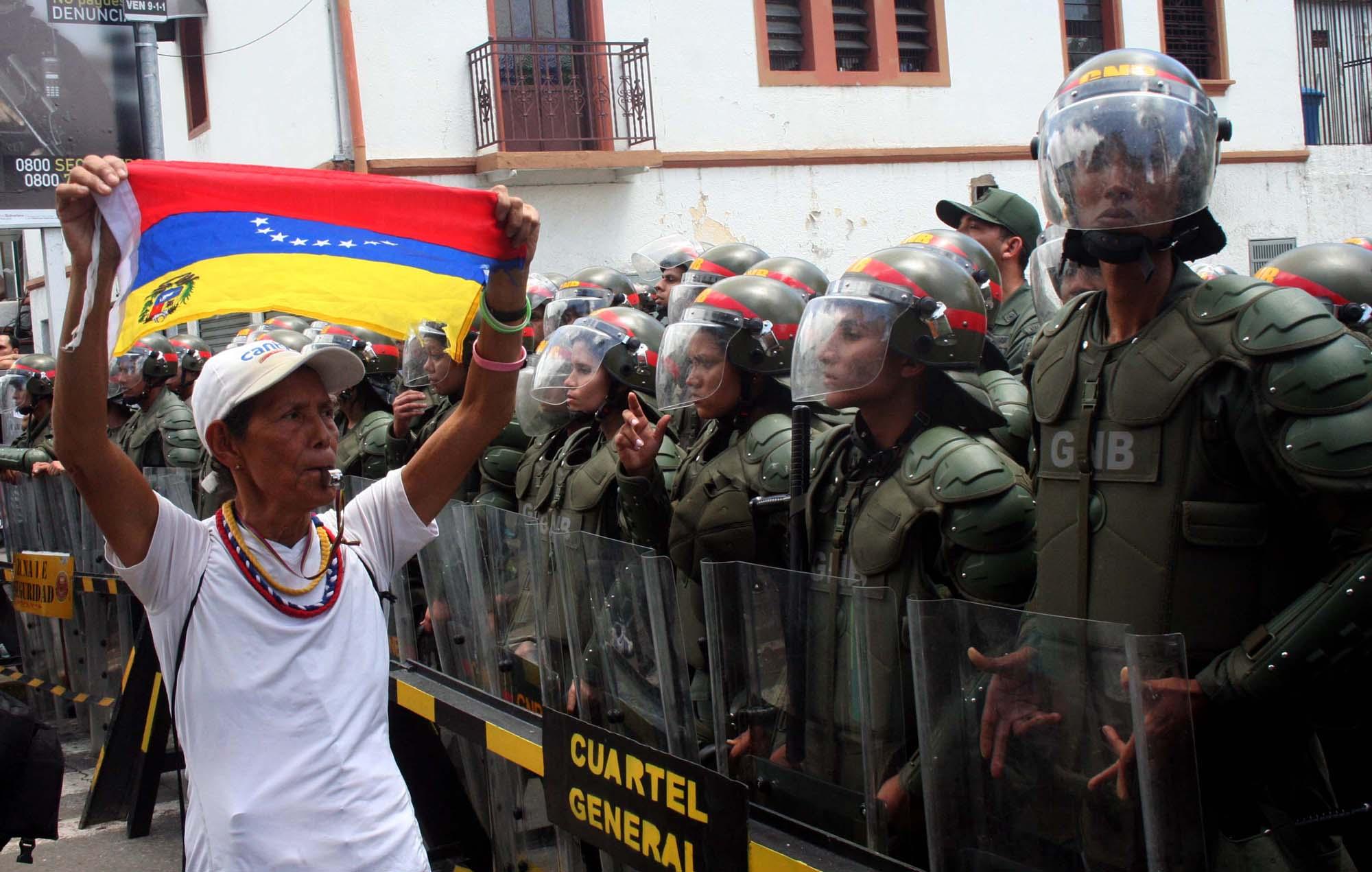 México actuará de conformidad con leyes y convenios en caso Venezuela