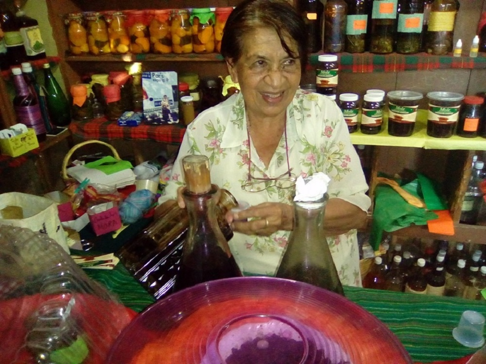 El Verde, el licor tradicional de Xico