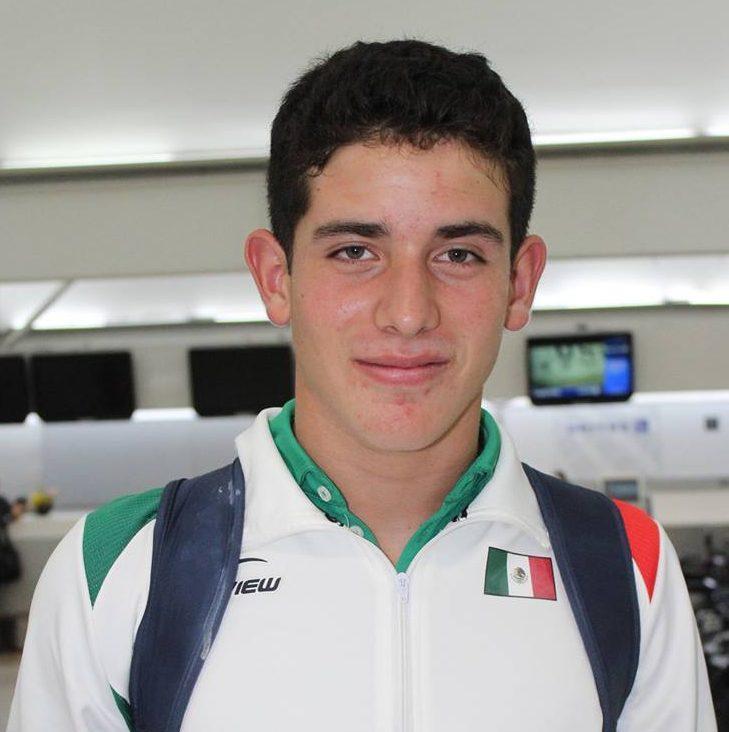 Eduardo Mustre tercer lugaren Torneo de Tenis en Alemania