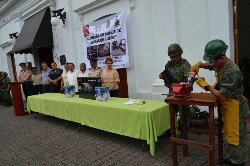 Sedena inicia canje de armas en Misantla